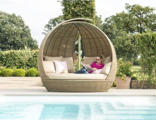 lotus-daybed